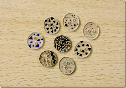 shrink plastic button tutorial 15c_thumb[2]