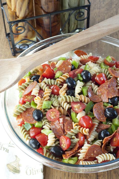 Classic-Italian-Pasta-Salad-Recipe-1