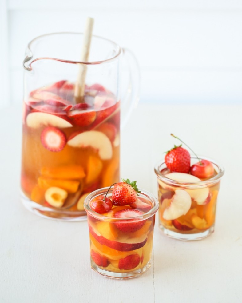 white-tea-summer-sangria-5-819x1024