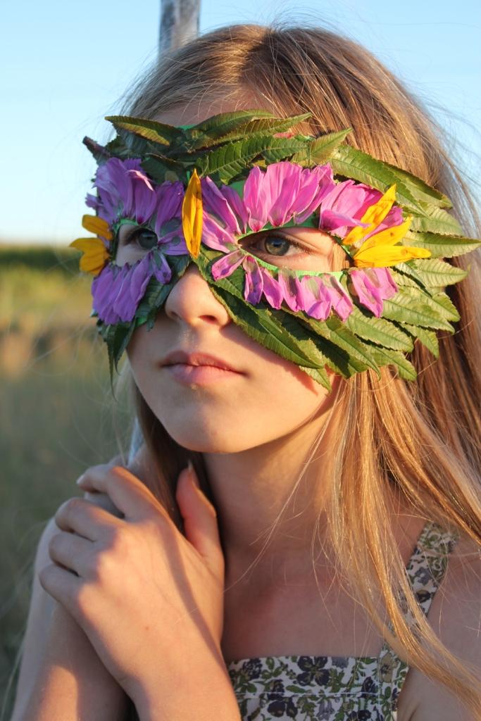 FloralLeafMask_MerMag